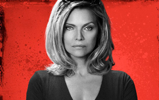 Michelle Pfeiffer - The Family-Review