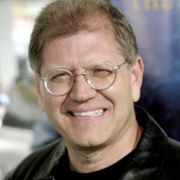 Robert Zemeckis looking To Reach the Clouds